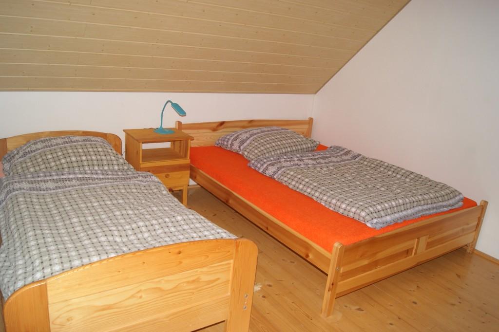 3-lůžková ložnice