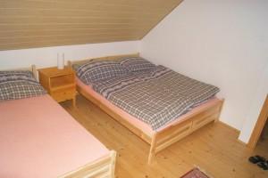 3-lůžkový samostatný pokoj