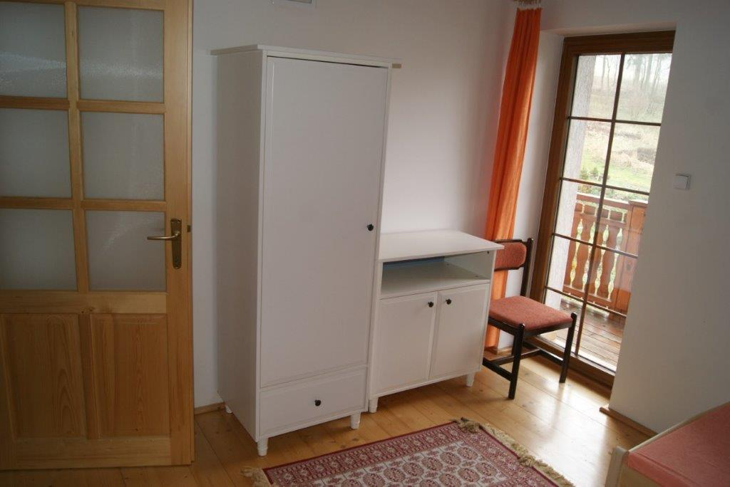 3-lůžkový pokoj se vchodem na balkon